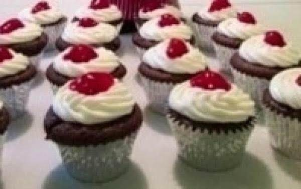 Black Forest Mud Cupcakes By Noreen