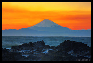 Photo: Mount Fuji at sunset, my photo for #SunsetSaturday