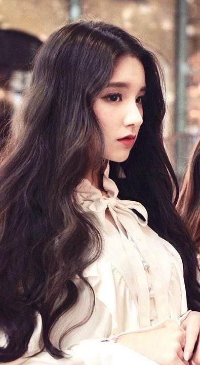 heejin profile 17