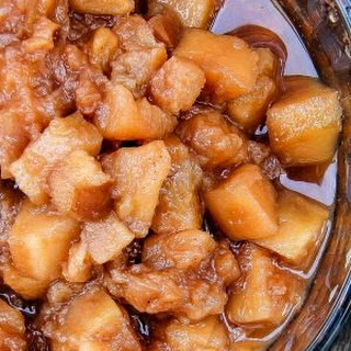 Easy Slow Cooker Apple Pie Filling.