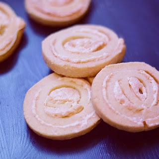Jitterbugs – Shortbread & Meringue Cookies