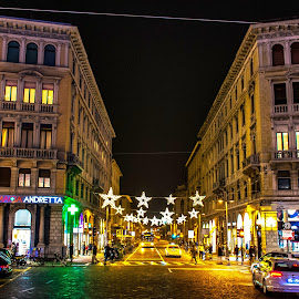 Padova street - Christmas on the way by Hariharan Venkatakrishnan - City,  Street & Park  Night