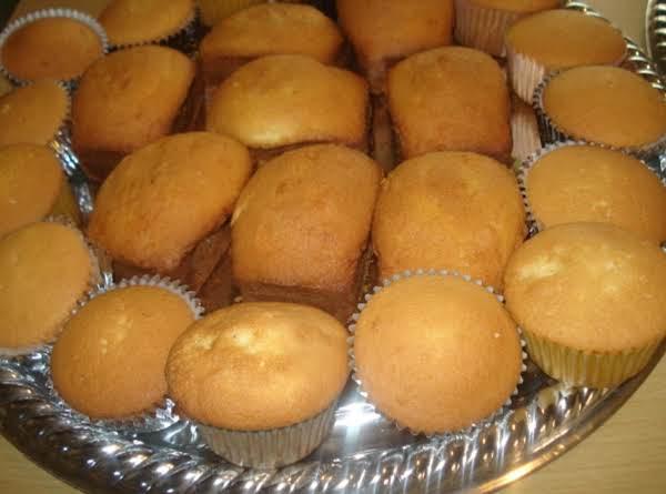 Cuban Butter Cupcakes, Panquesitos De Mantequilla