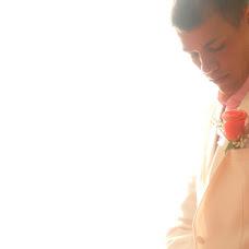 Wedding photographer Vasiliy Astapov (akiro). Photo of 19.10.2012