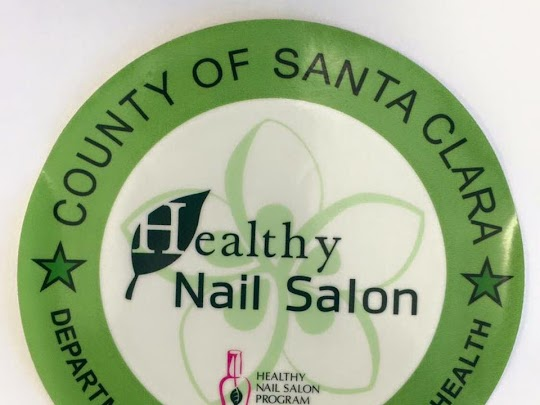 best clean healthy nail salon photo