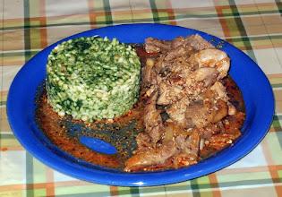 Photo: Wątróbka duszona (kurza i wieprzowa), ryż ze szpinakiem i zacierkami. 21