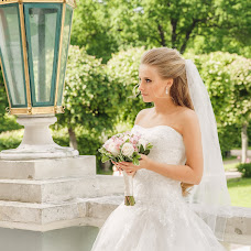 Wedding photographer Olesya Lapaeva (Czarinka). Photo of 14.07.2015