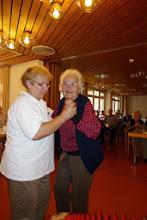 Photo: Auch das Tanzbein wird geschwungen, wenn auch etwas langsamer !