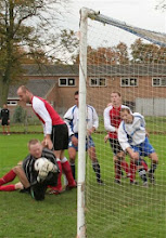 Photo: 28/10/06 v Sheringham Town (ACL1) 1-2 - contributed by Paul Roth