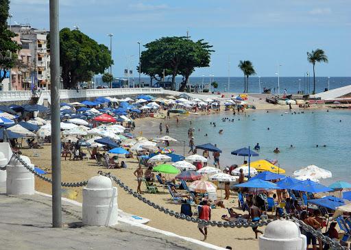 beach.jpg - Porta da Barra Beach (Praia do Porto da Barra) was included among the world's best 50 beaches for 2014 as ranked by CNN.