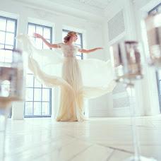 Wedding photographer Anna Logvinova (-Lo-). Photo of 15.05.2015