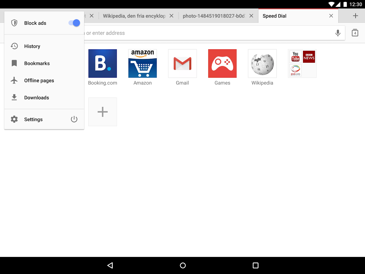 Screenshots of Opera browser - news & search for iPhone