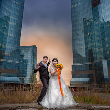 Wedding photographer Aleksandr Vlasyuk (alexandrstudio). Photo of 05.05.2014