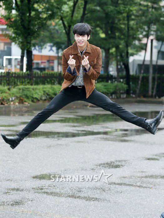 hyungwon body 18
