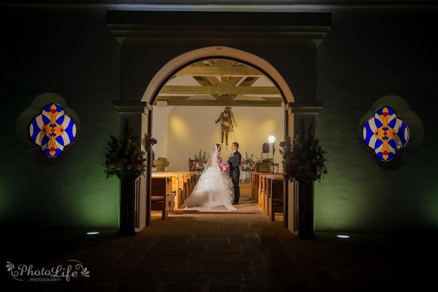 Свадебный фотограф Juan carlos Caicedo martinez (Photolife). Фотография от 31.08.2017
