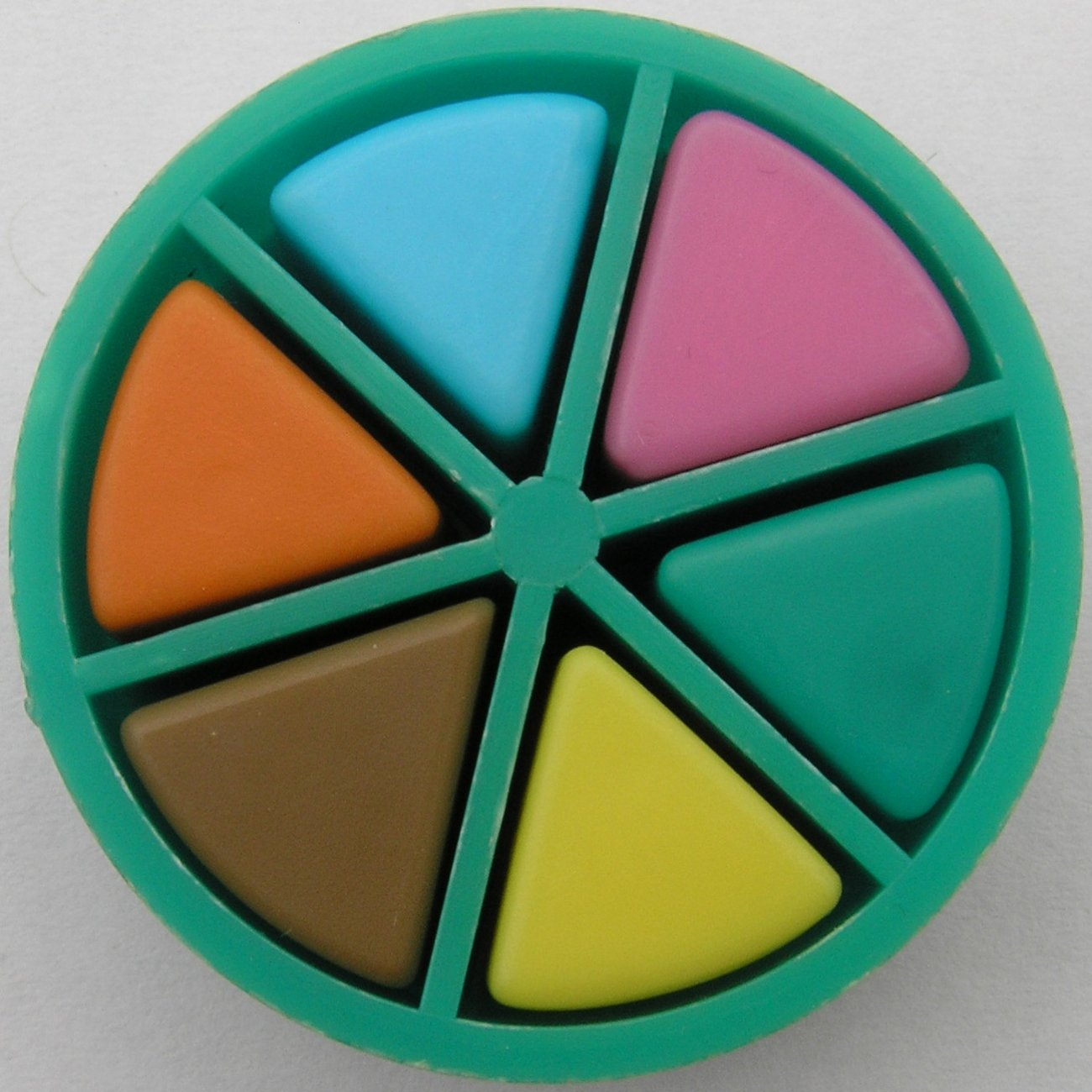 Trivial-Pursuit-1.jpeg