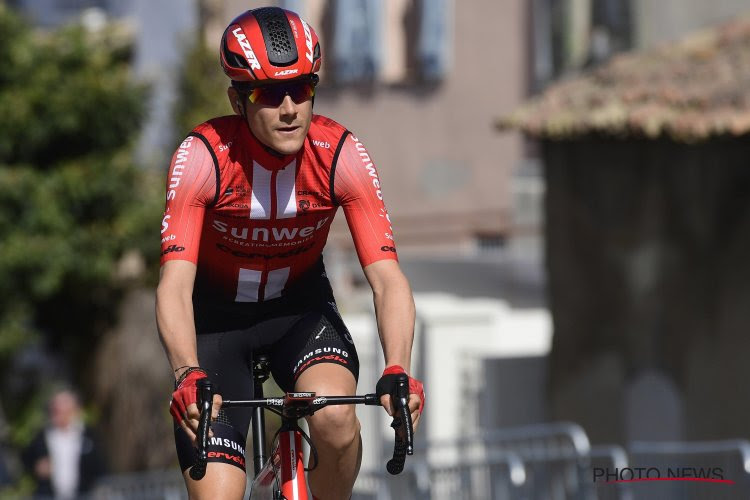 """Belgische ploegmaat leeft mee met Tom Dumoulin: """"Tom moet verplicht rust nemen"""""""