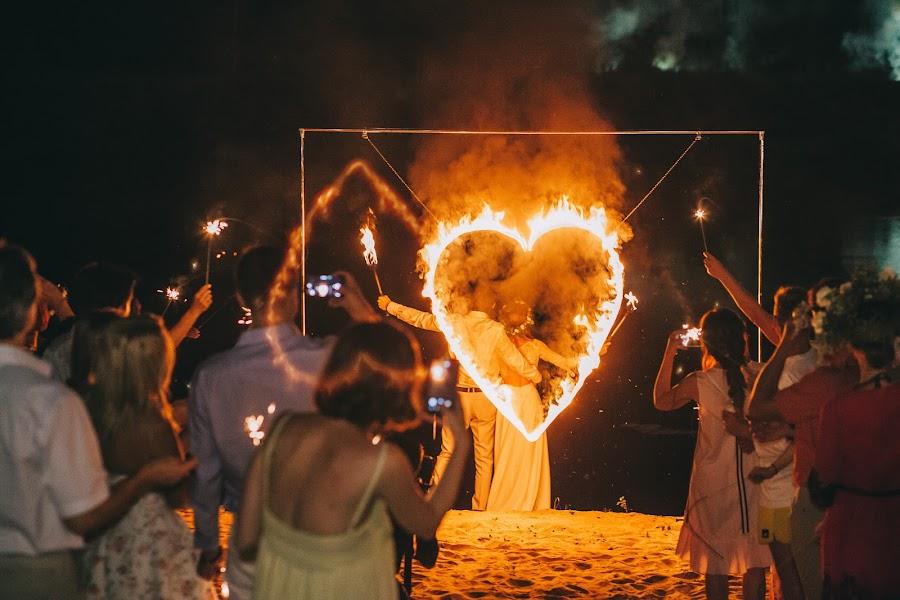 Wedding photographer Roman Pervak (Pervak). Photo of 26.08.2016