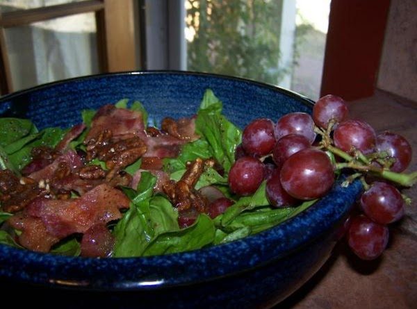 Grape & Bacon Spinach Salad Recipe