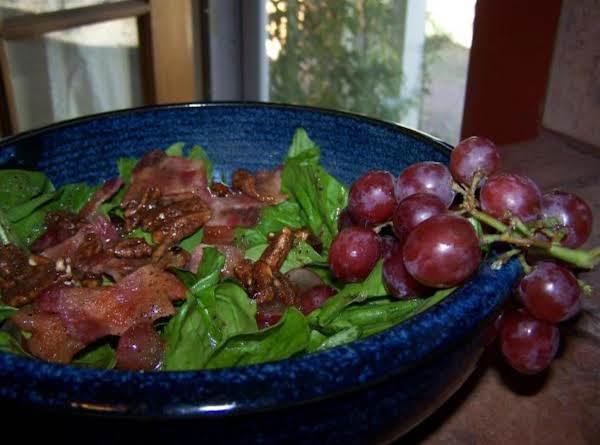 Grape & Bacon Spinach Salad