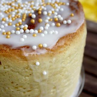 Kulich – Sweet Russian Easter Bread.