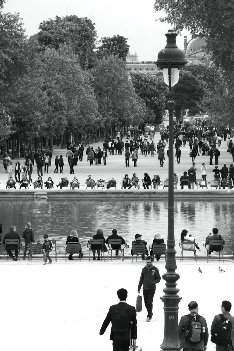 Parigi, ore sei. Si torna a casa.  di letiziacaprettiphotography