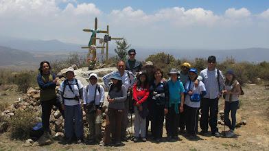 Photo: Grupo en la cruz Mosopuquio - Characato