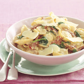 Cheese Tortellini with Creamy Sundried Tomato Sauce Recipe
