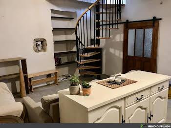 Maison 2 pièces 77 m2
