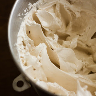 Brown Sugar & Vanilla Swiss Meringue Frosting
