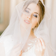 Wedding photographer Khristina Yarchenko (hayphoto). Photo of 03.03.2018