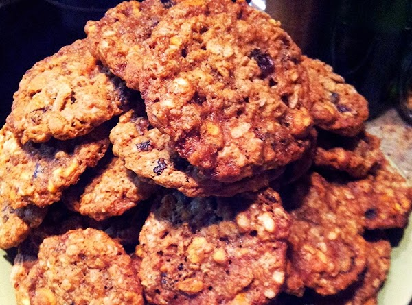 Disappearing Oatmeal Crunch Cookies Recipe