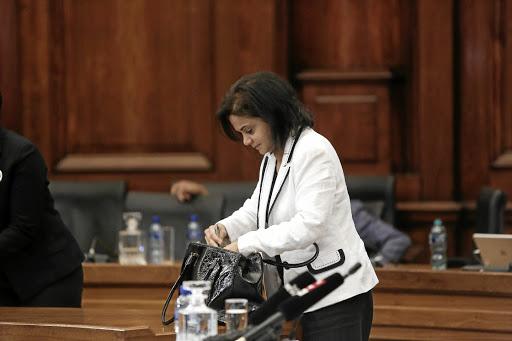 Batohi wil hê Ramaphosa moet 'kapasiteits' -kwessies by NPA, Hawks - SowetanLIVE, hanteer