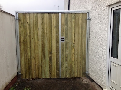 Wooden and Metal Dual Size Gates
