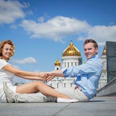 Wedding photographer Alena Kalashnikova (Petisha). Photo of 11.08.2014