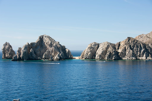 Lovers Beach, Cabo.jpg - The Land's End peninsula at Cabo San Lucas.