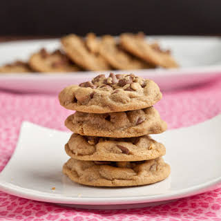 Flourless Peanut Butter Chocolate Cookies {+Giveaway}.