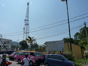 Photo: Pulau Pangkor - Pangkor Town, junction with 2km road from east to west coast to beach Pasir Bogak, infamous overpriced pink minivans, I walked