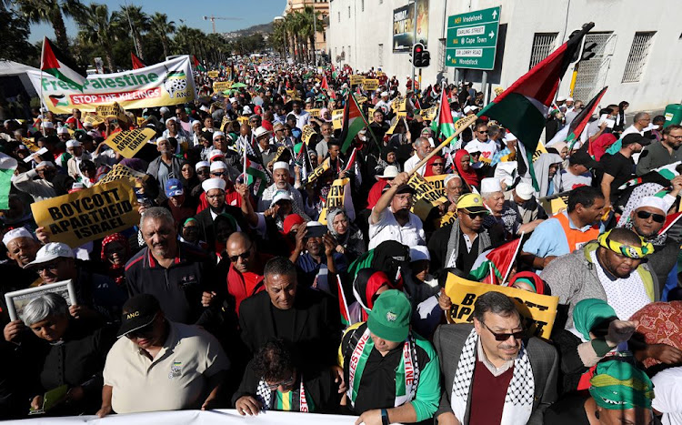 Muslim Judicial Council members and hundreds of supporters march to Parliament calling for Israel's ambassador to South Africa to be expelled, May 15 2018. Picture: ESA ALEXANDER