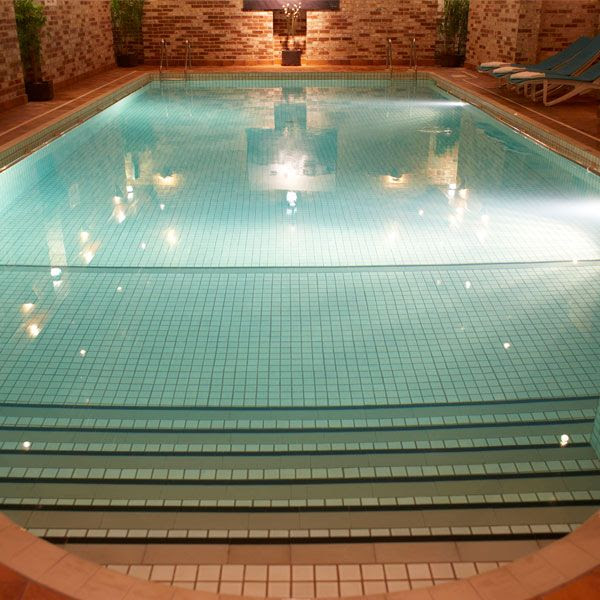 Flackley Ash Hotel swimming pool