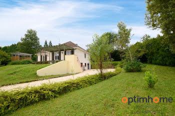 maison à Vieux-Mareuil (24)
