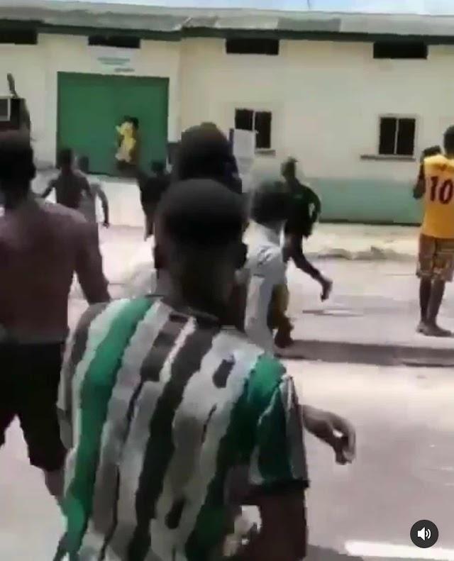 VIDEO: PRISON BREAK IN WARRI