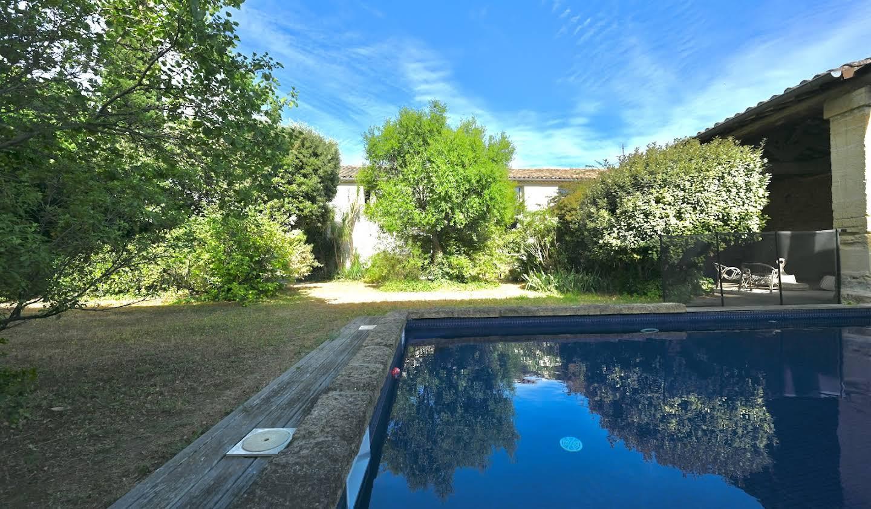 Maison avec piscine et jardin Aigues-Vives