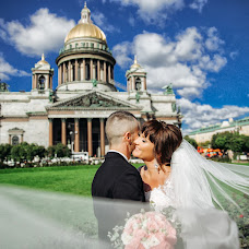 Wedding photographer Olga Shiyanova (oliachernika). Photo of 09.10.2018