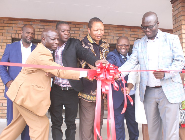 Official opening of the new school in December 2016 (from left to right): Vhafamadi High School principal Mashau Thenga, Chief Livhuwani Matsila, traditional leader ThoveleVho-Thavha, National Lottery Commission Chairman Alfred Nevhutanda, Deputy Minister Obed Bapela and MEC Ishmael Kgetjepe.