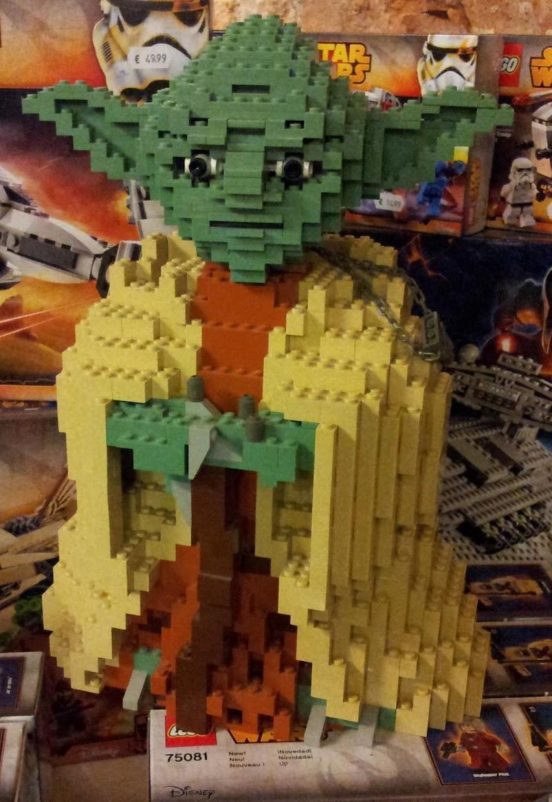 Creazioni con i Lego di supergigi