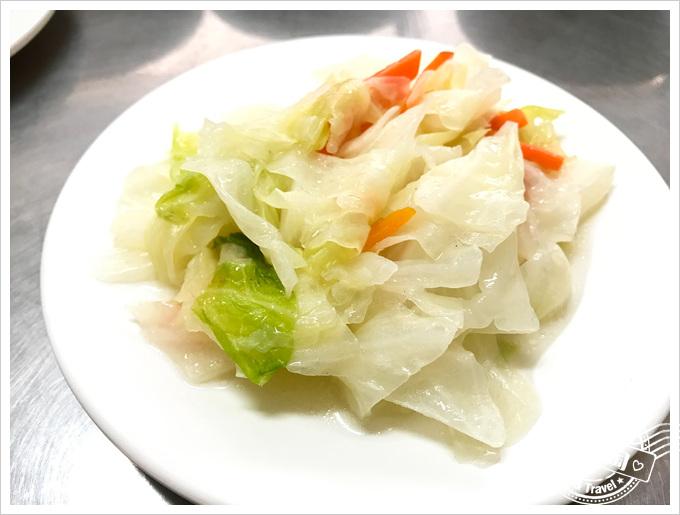 前金肉燥飯菜單高麗菜