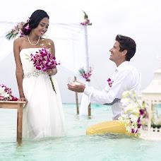 Wedding photographer Vik Voynikova (lilloolla5). Photo of 01.04.2015