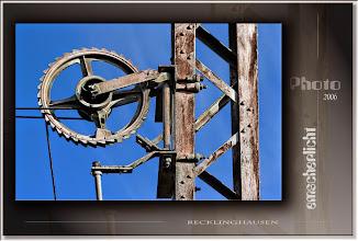 Foto: 2007 07 06 - R 06 09 10 033 - P 011 - Draht am Rad