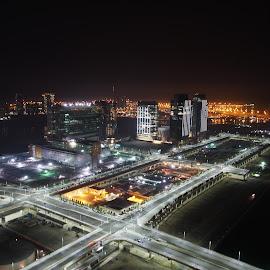 Good Night, Abu Dhabi by Beh Heng Long - City,  Street & Park  Night ( abu dhabi )